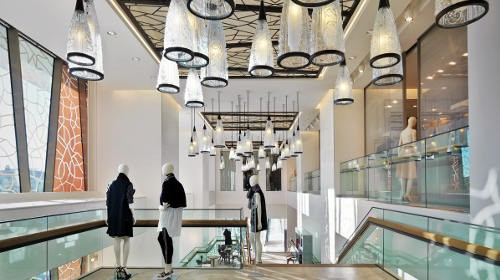 Modern-Retail-Lighting-Design-Trends-Instore